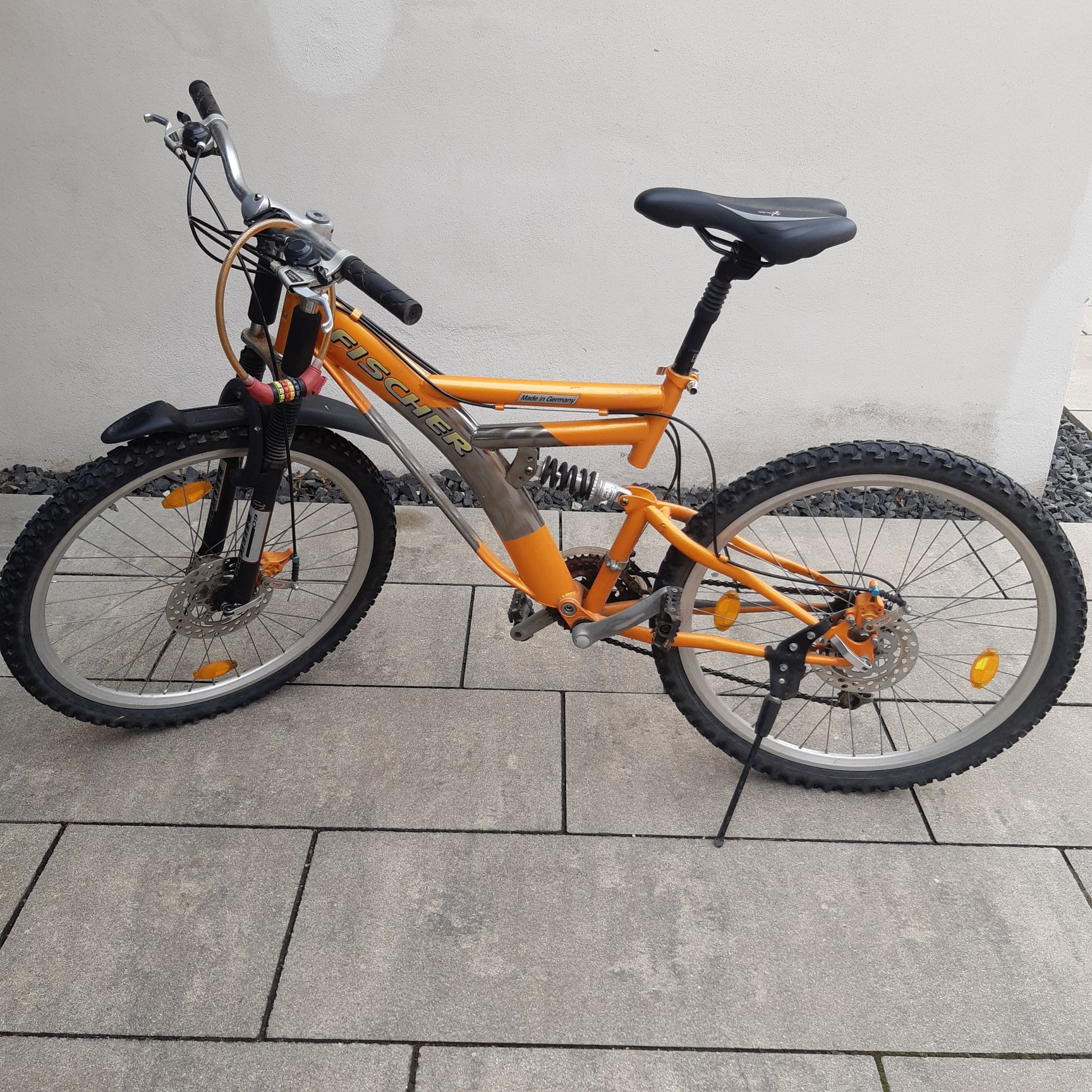 Montainbike orange Marke: Fischer
